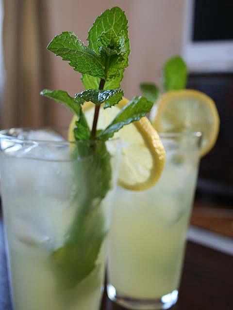 bibita fresca Limonata-alla-menta