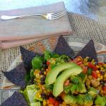 Insalata messicana con avocado e fagioli